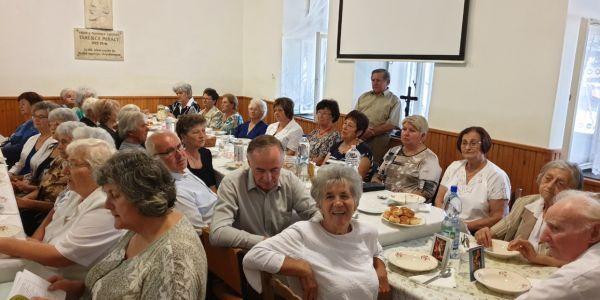 Időseket, nagyszülőket láttak vendégül Izsákon