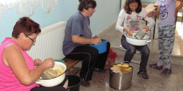 Öngondoskodó háztartások - Akarom program